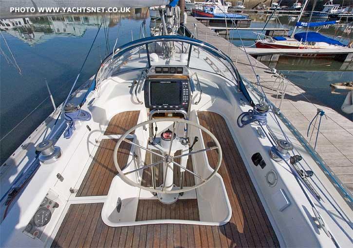 Moody 37 archive details - Yachtsnet Ltd. online UK yacht brokers - yacht ...