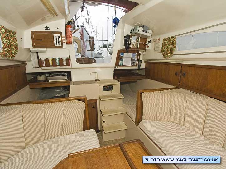 pegasus 800 archive details - yachtsnet ltd  online uk yacht brokers