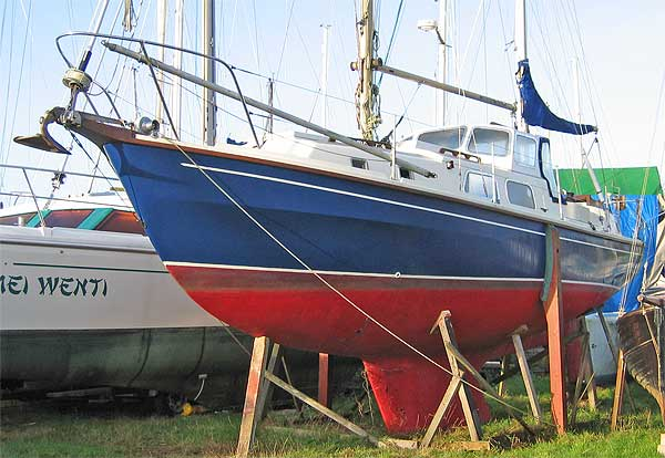 Westerly Renown ketch archive details - Yachtsnet Ltd. online UK yacht ...